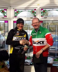 Jerry Ryan is presented with his 1st Place Prize for winning Rás Naomh Finian
